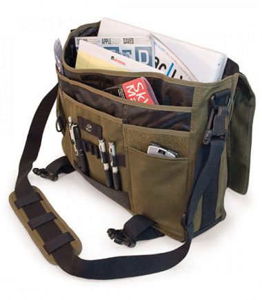 MECME9 - Eco-Friendly Laptop Messenger (Olive) - Multiple Interior Pockets for Organization